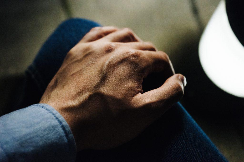 Comment identifier une douleur au genou