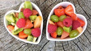 deux portions de salade de fruits