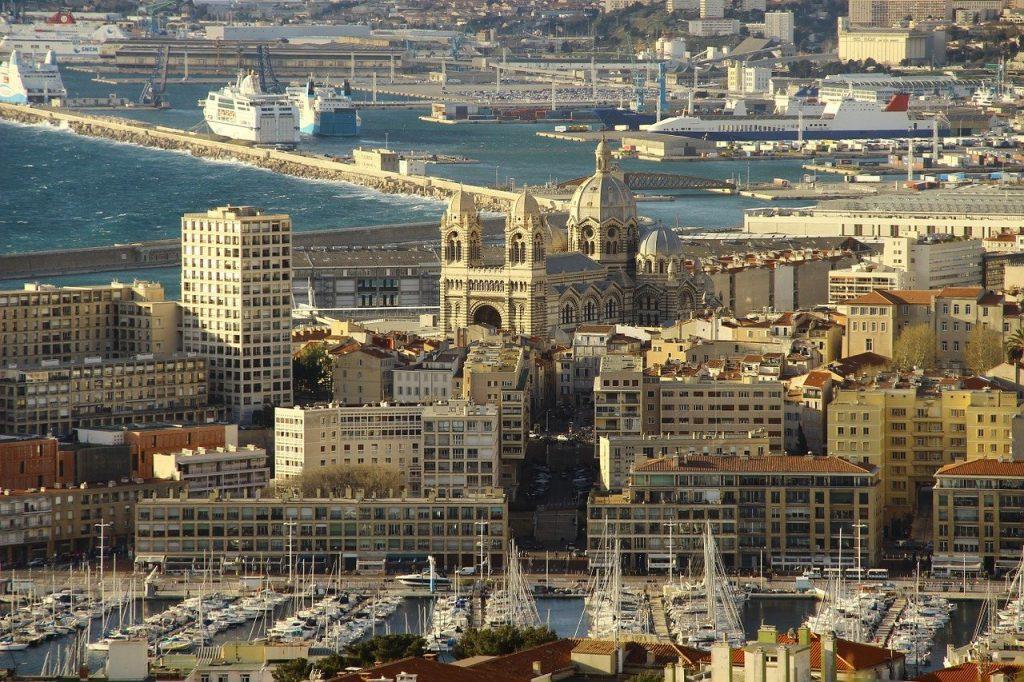 vue aérienne de la ville de Marseille